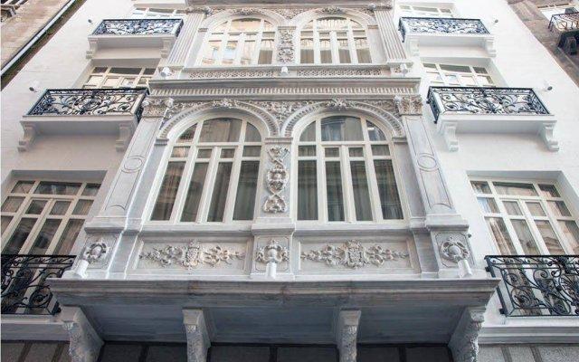 Отель Stories Kumbaraci Стамбул вид на фасад