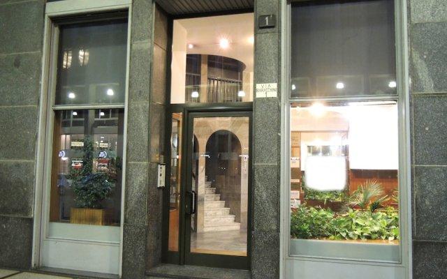 Отель Suite Milano Duomo Италия, Милан - отзывы, цены и фото номеров - забронировать отель Suite Milano Duomo онлайн вид на фасад