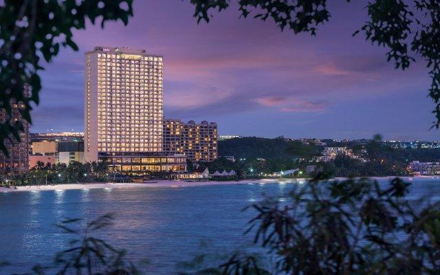Отель Dusit Thani Guam Resort вид на фасад