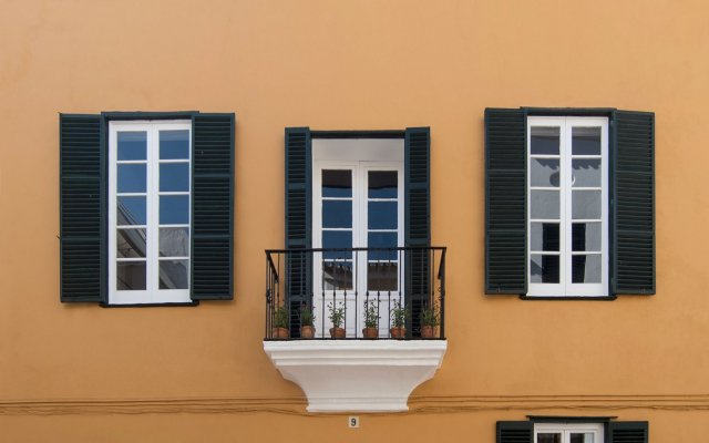 Hotel Nou Sant Antoni вид на фасад