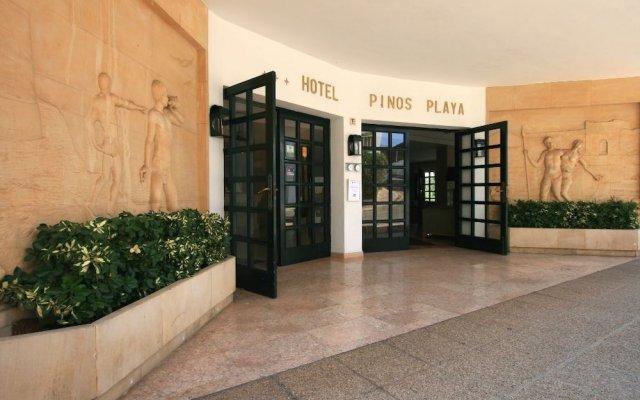 Pinos Playa Hotel вид на фасад