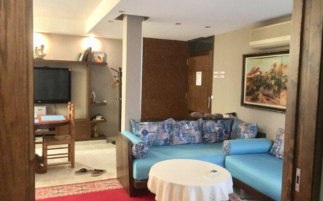 Отель Ghazi Appartement Марокко, Фес - отзывы, цены и фото номеров - забронировать отель Ghazi Appartement онлайн комната для гостей