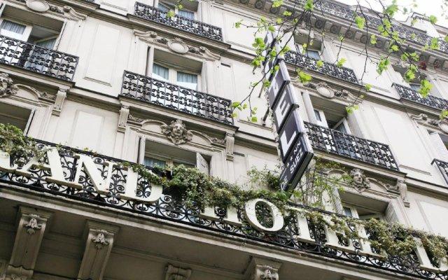 Отель Hôtel de Suez вид на фасад
