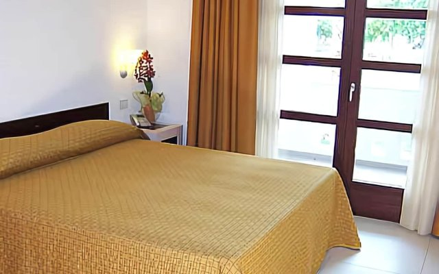 Отель Gallipoli Resort Италия, Галлиполи - отзывы, цены и фото номеров - забронировать отель Gallipoli Resort онлайн комната для гостей