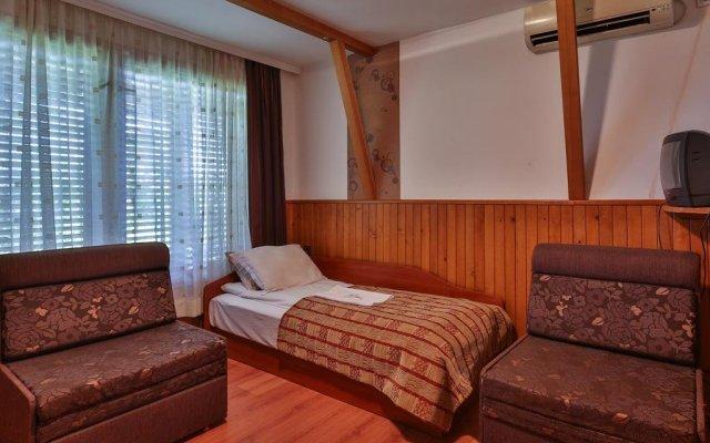 Отель Guest House Villa Teres Казанлак комната для гостей