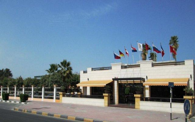 Отель Lou Lou'a Beach Resort ОАЭ, Шарджа - 7 отзывов об отеле, цены и фото номеров - забронировать отель Lou Lou'a Beach Resort онлайн вид на фасад