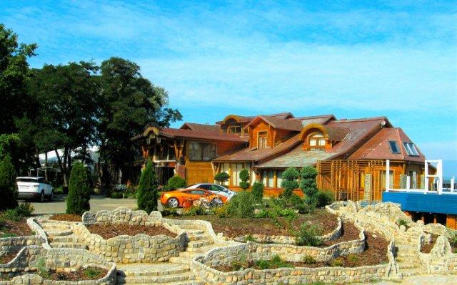 Гостиница Buen Retiro вид на фасад