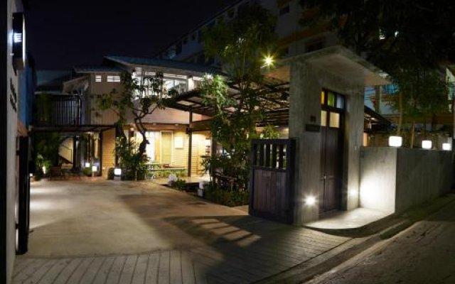 Отель Uncle Loy's Boutique House Таиланд, Бангкок - отзывы, цены и фото номеров - забронировать отель Uncle Loy's Boutique House онлайн вид на фасад