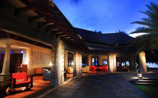 Отель Maradiva Villas Resort and Spa вид на фасад