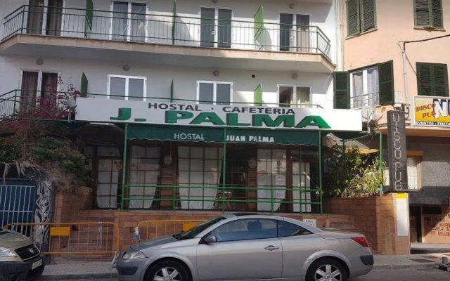 Отель Hostal Juan Palma вид на фасад