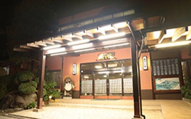 Отель Kosenkaku Yojokan Мисаса вид на фасад