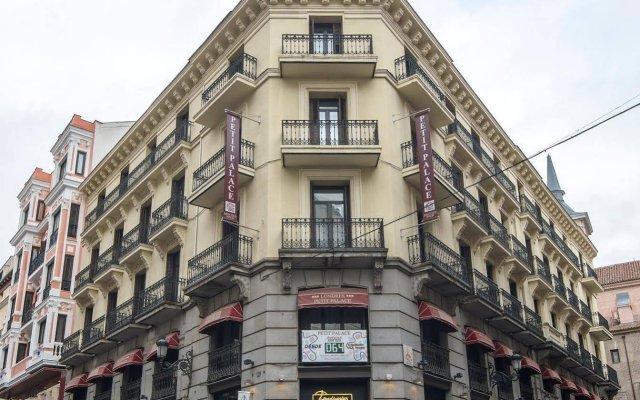 Petit Palace Preciados