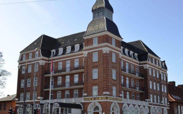 Milling Hotel Plaza вид на фасад