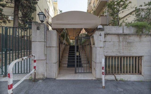 Отель Euclide Exclusive Flat вид на фасад