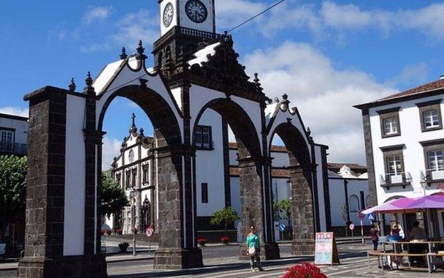 Отель Home Azores - Ana's Place Португалия, Понта-Делгада - отзывы, цены и фото номеров - забронировать отель Home Azores - Ana's Place онлайн вид на фасад