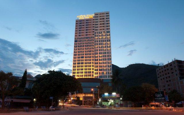 Muong Thanh Grand Nha Trang Hotel вид на фасад