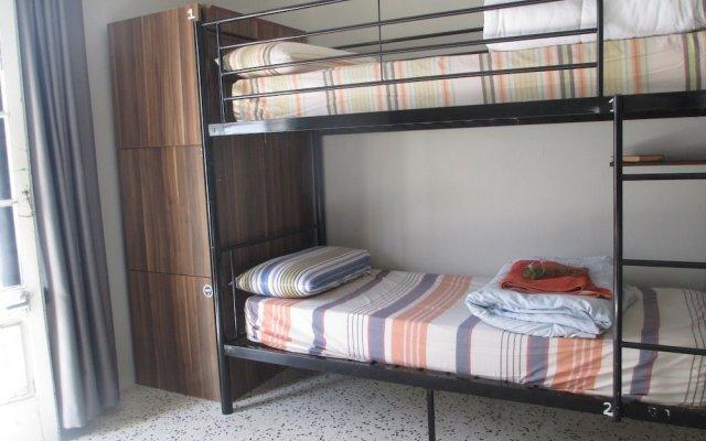 Отель Boho Hostel Мальта, Сан Джулианс - отзывы, цены и фото номеров - забронировать отель Boho Hostel онлайн комната для гостей