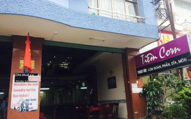 Kim Van Hotel Далат вид на фасад