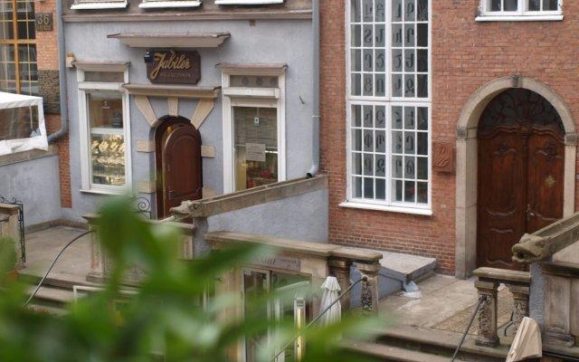 Отель Apartamenty VNS Польша, Гданьск - 1 отзыв об отеле, цены и фото номеров - забронировать отель Apartamenty VNS онлайн вид на фасад