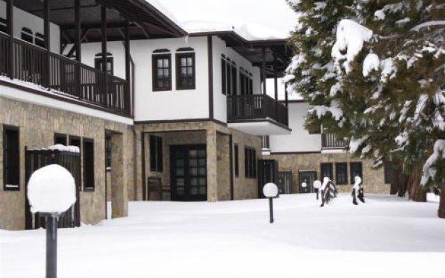 Отель Holiday Village Kedar Болгария, Долна баня - отзывы, цены и фото номеров - забронировать отель Holiday Village Kedar онлайн вид на фасад