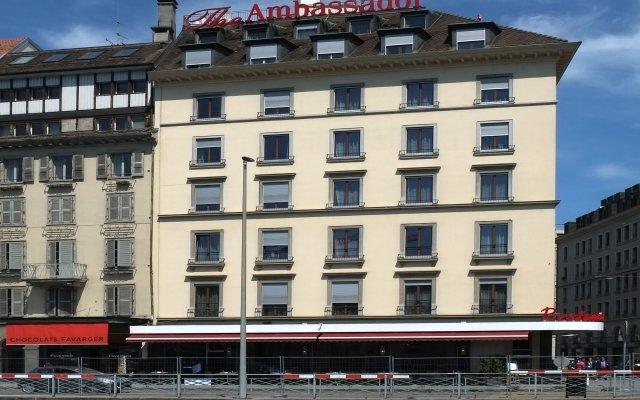 Отель The Ambassador Швейцария, Женева - отзывы, цены и фото номеров - забронировать отель The Ambassador онлайн вид на фасад