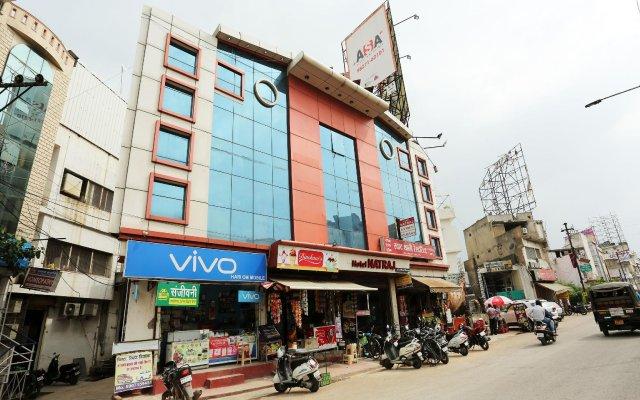 OYO 14711 Hotel Natraj вид на фасад