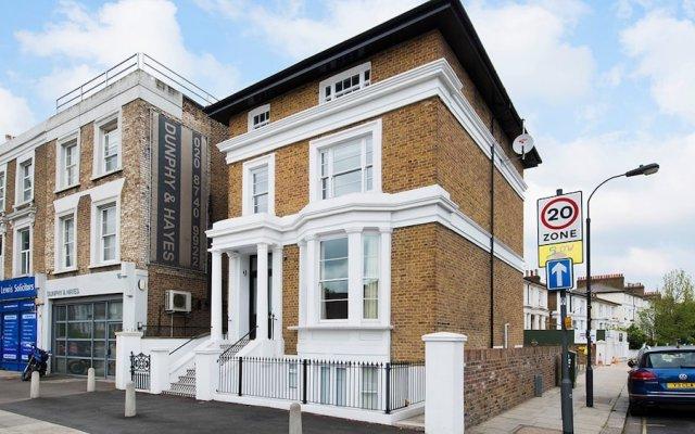 Отель Bright 1BR flat in West London Великобритания, Лондон - отзывы, цены и фото номеров - забронировать отель Bright 1BR flat in West London онлайн вид на фасад