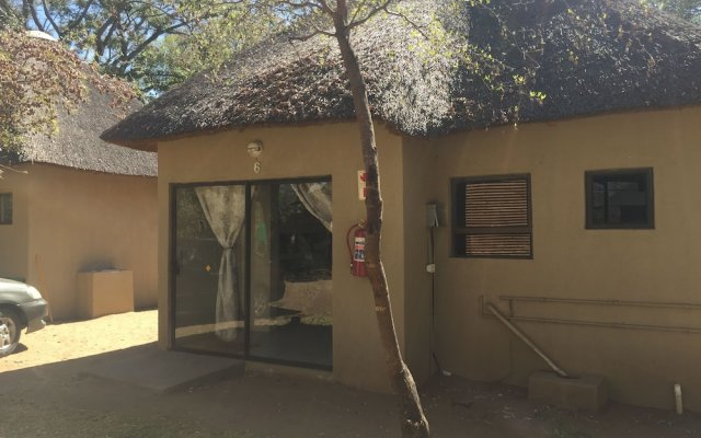 Shakawe Sands Lodge