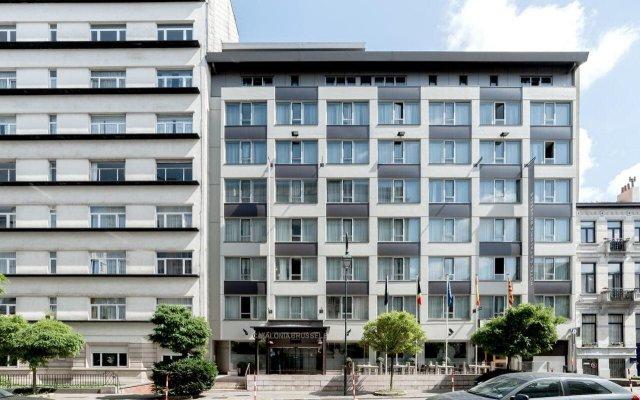 Отель Catalonia Brussels Бельгия, Брюссель - 1 отзыв об отеле, цены и фото номеров - забронировать отель Catalonia Brussels онлайн вид на фасад