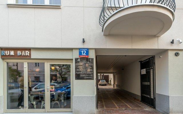 Отель P&O Apartments Poznanska Польша, Варшава - отзывы, цены и фото номеров - забронировать отель P&O Apartments Poznanska онлайн вид на фасад