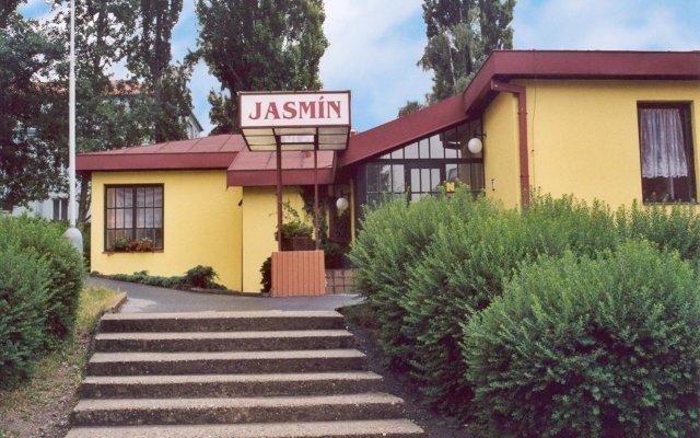 EA Hotel Jasmín вид на фасад