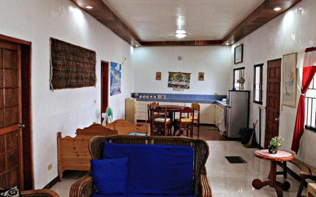 Giswold Lagunde Beach Resort