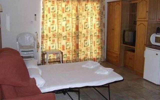Отель Clover Holiday Complex Мальта, Каура - 1 отзыв об отеле, цены и фото номеров - забронировать отель Clover Holiday Complex онлайн комната для гостей