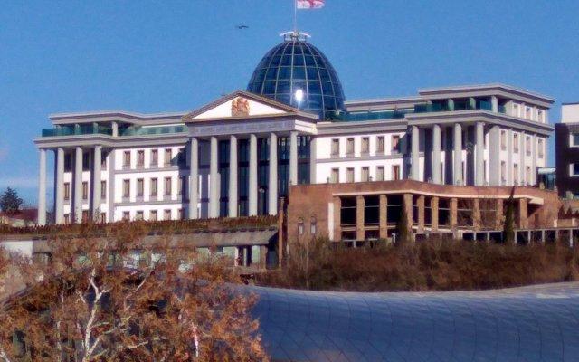 Отель Du Vin Rouge Грузия, Тбилиси - отзывы, цены и фото номеров - забронировать отель Du Vin Rouge онлайн вид на фасад