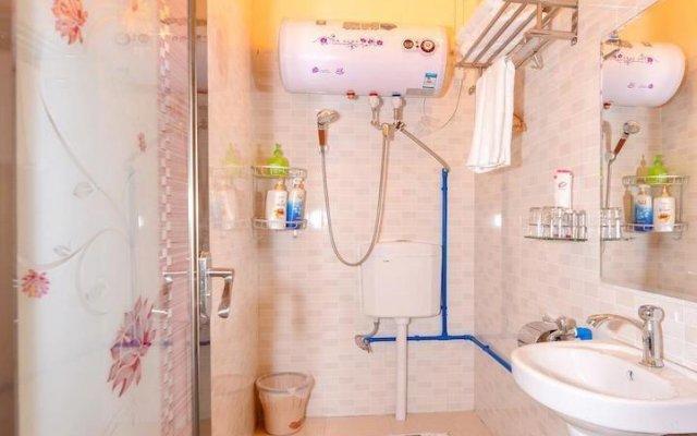 Отель Guangzhou Lanyuege Apartment Beijing Road Китай, Гуанчжоу - отзывы, цены и фото номеров - забронировать отель Guangzhou Lanyuege Apartment Beijing Road онлайн ванная