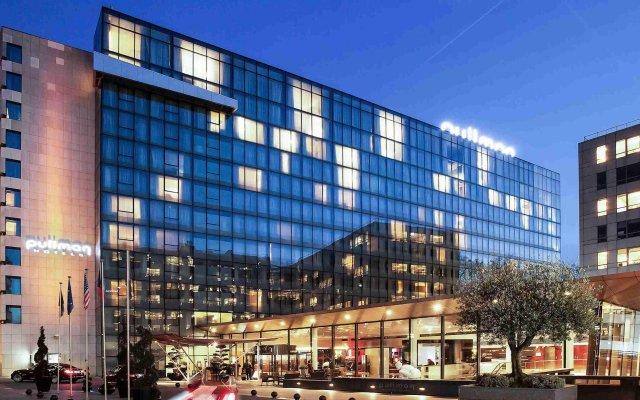 Отель Pullman Paris Centre-Bercy вид на фасад