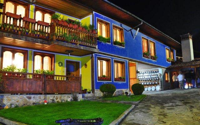 Hotel Rai вид на фасад