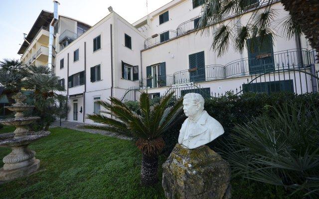 Отель Villa dAmato Италия, Палермо - 1 отзыв об отеле, цены и фото номеров - забронировать отель Villa dAmato онлайн вид на фасад