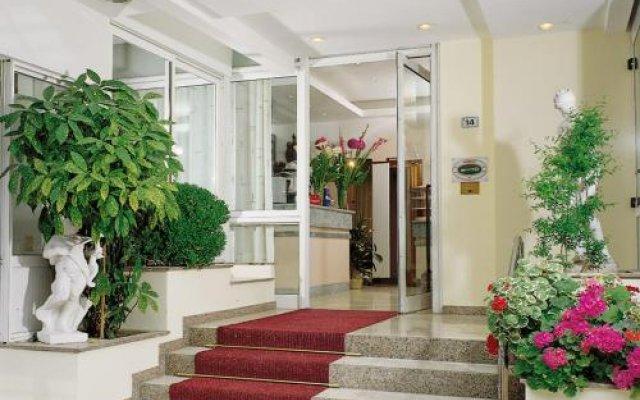 Отель Roby Италия, Риччоне - отзывы, цены и фото номеров - забронировать отель Roby онлайн вид на фасад