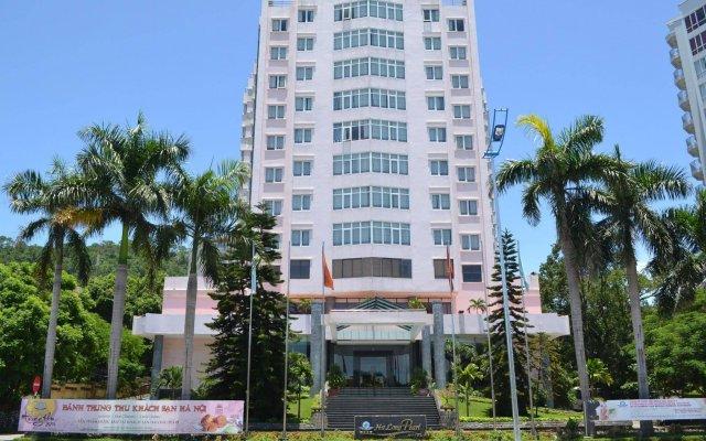Отель Halong Pearl Халонг вид на фасад