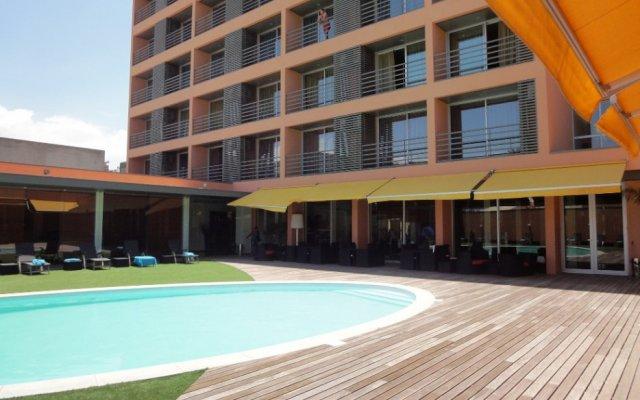 Отель Praia Morena бассейн
