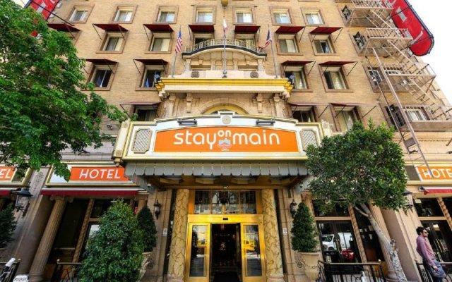 Отель Stay on Main Hotel США, Лос-Анджелес - 9 отзывов об отеле, цены и фото номеров - забронировать отель Stay on Main Hotel онлайн вид на фасад