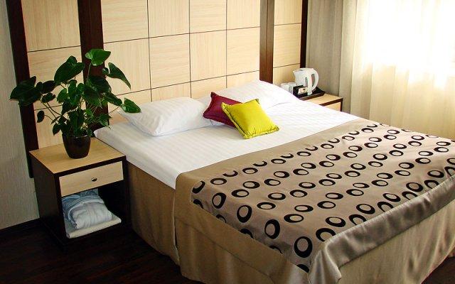 Гостиница Багатель в Кореизе отзывы, цены и фото номеров - забронировать гостиницу Багатель онлайн Кореиз комната для гостей