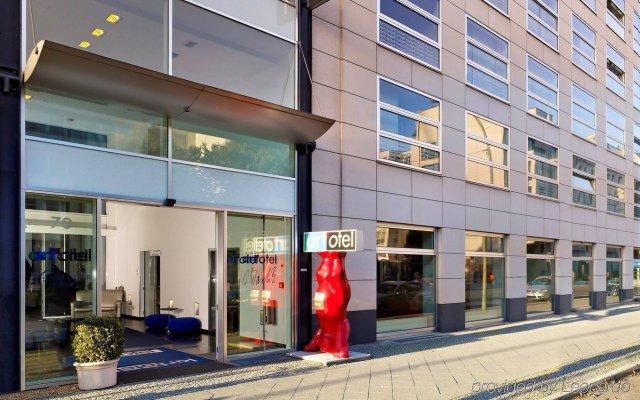Отель art'otel berlin mitte, by Park Plaza Германия, Берлин - 1 отзыв об отеле, цены и фото номеров - забронировать отель art'otel berlin mitte, by Park Plaza онлайн вид на фасад