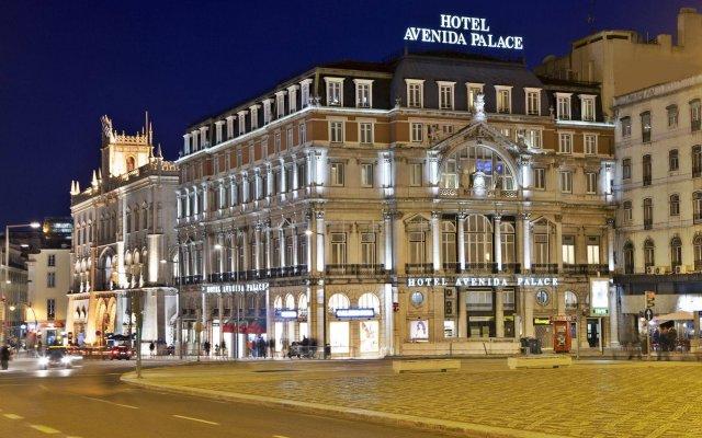 Отель Avenida Palace Лиссабон вид на фасад