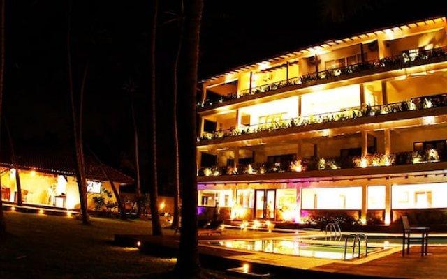 Отель Blue Beach Шри-Ланка, Ваддува - отзывы, цены и фото номеров - забронировать отель Blue Beach онлайн вид на фасад