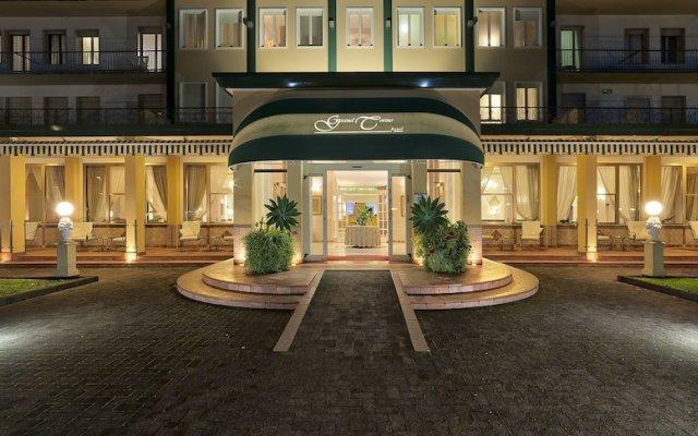 Отель Terme Grand Torino Италия, Абано-Терме - отзывы, цены и фото номеров - забронировать отель Terme Grand Torino онлайн вид на фасад