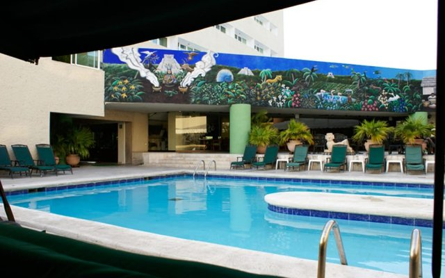 Hotel Los Aluxes вид на фасад