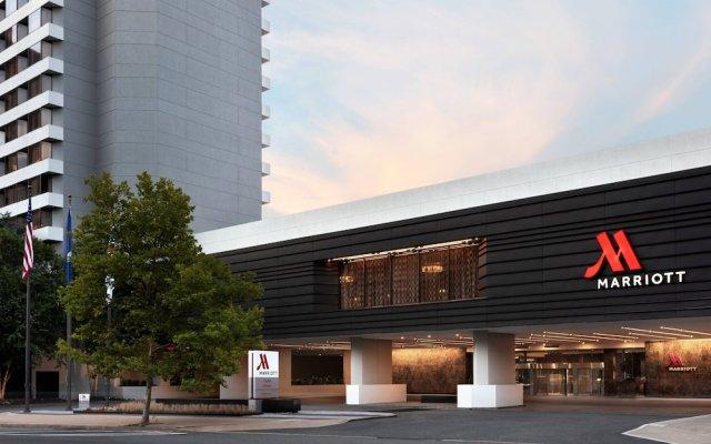 Отель Crystal Gateway Marriott вид на фасад