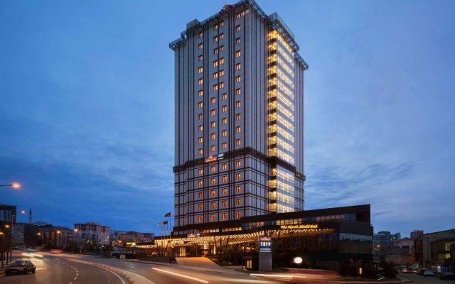 Отель Hawthorn Suites by Wyndham Istanbul Europe вид на фасад